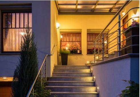 Đèn năng lượng mặt trời - cho tường và cầu thang