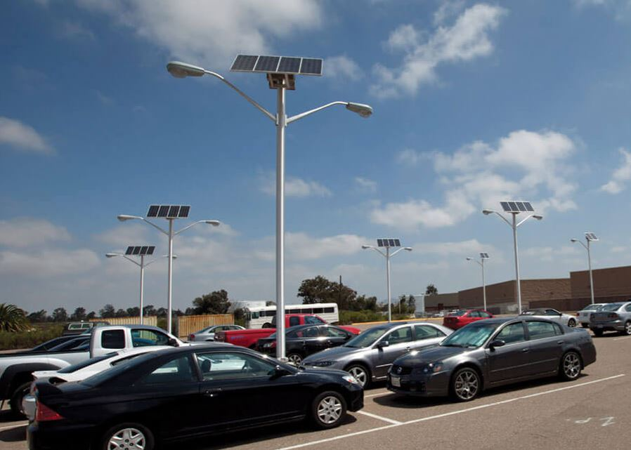 Đèn năng lượng mặt trời bãi đậu xe