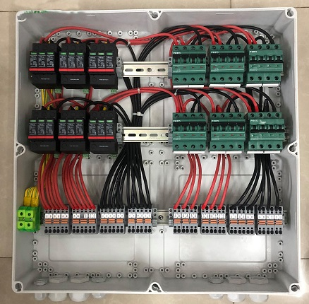 Ưu điểm tủ điện hệ thống điện năng lượng mặt trời Intech Energy.